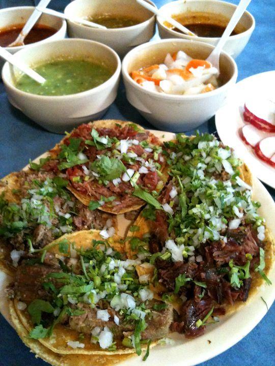 Tacos_de_suadero_maciza_lengua
