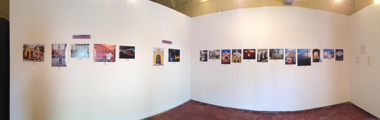 Panorámica de la exposición colectiva en EspacioCE Antigua en la Compañía de Jesús